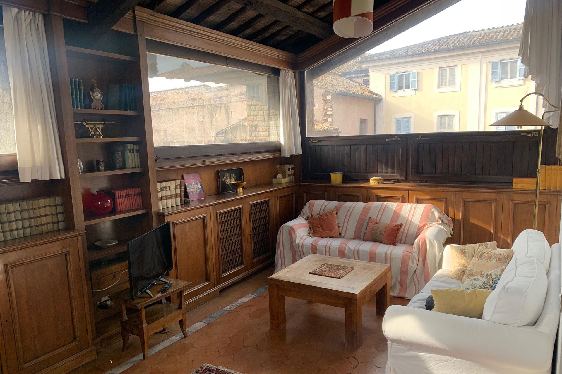 Lussuoso appartamento in Piazza dei Mercanti