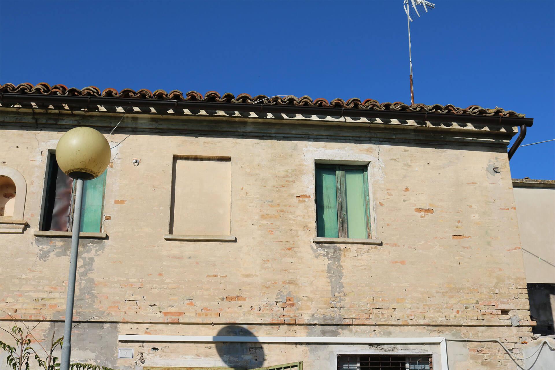 Casale da ristrutturare ad Osimo (AN)