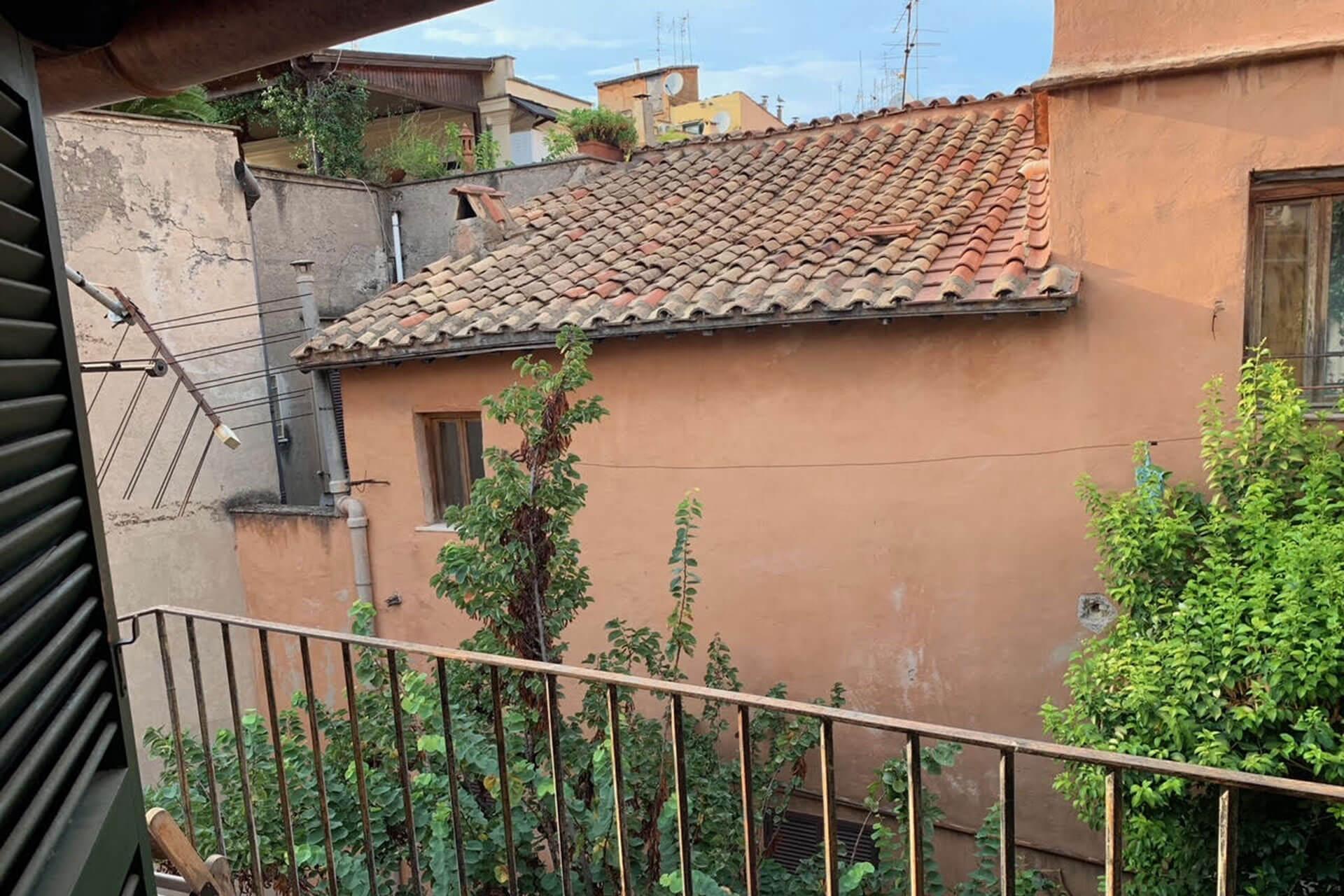 Attico Loft terrazzato a Trastevere